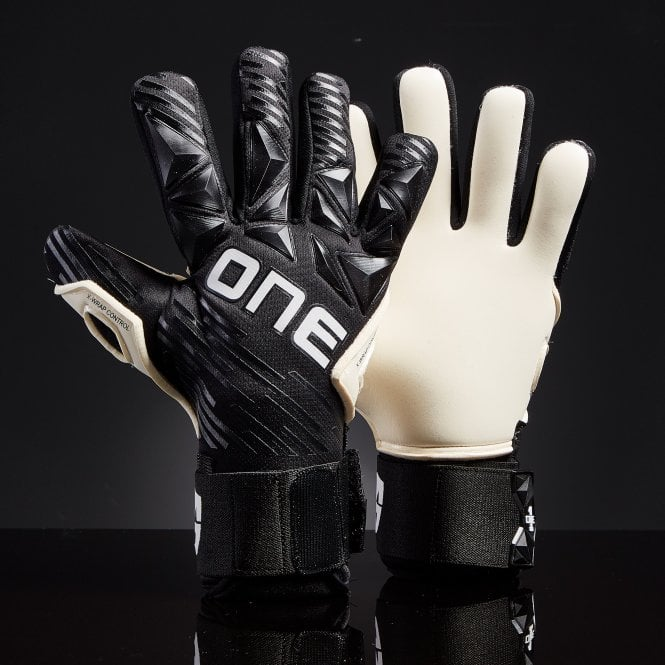 the.one.glove.slyer.lite.midnight1